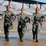 Female fighter pilots to go solo this year